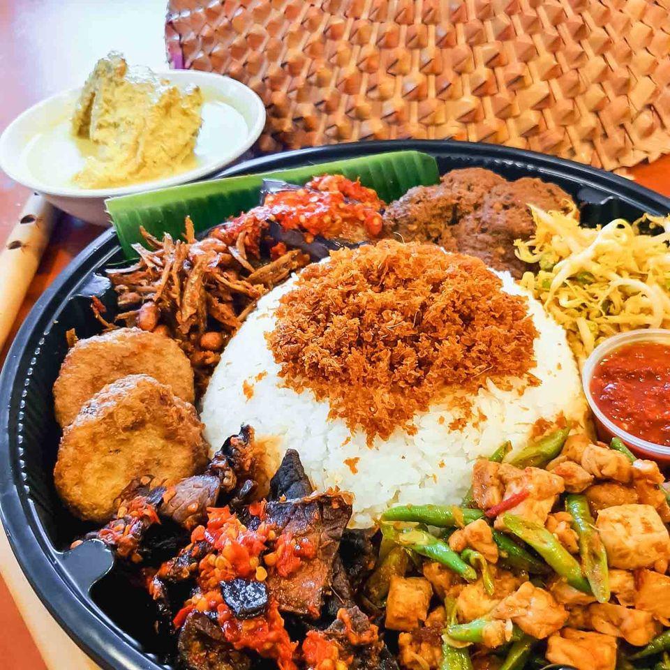 Hjh Maimunah - food